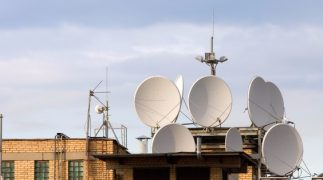 Installazione di un'antenna sul tetto del condominio, è sempre legittima?