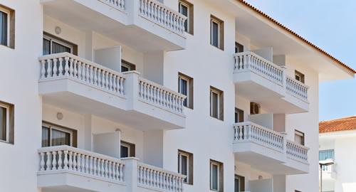balconi in condominio